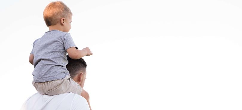Chi è il papà? Il primo eroe tra coraggio e fragilità